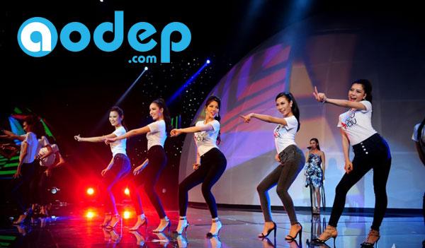 Thí sinh siêu mẫu 2015 mặc áo thun do inAonhanh.com thực hiện