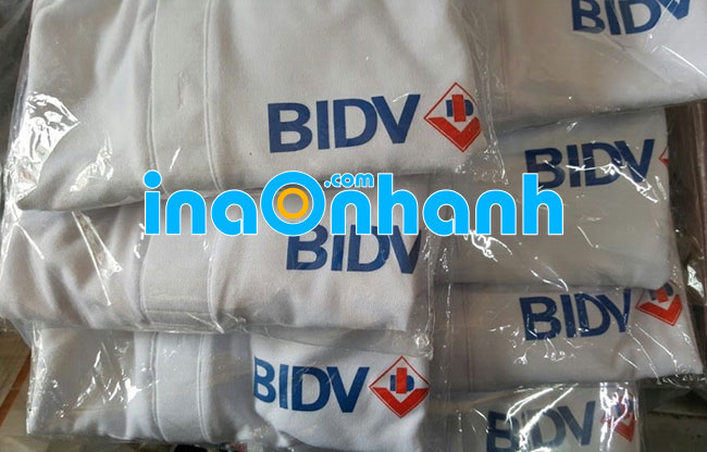 in logo lên áo thun - áo thun đồng phục BIDV